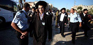 Yahudilerden İsrail saldırılarına protesto