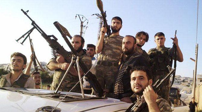 Türkiye şimdi de IŞİD'e muhalifleri eğitecek