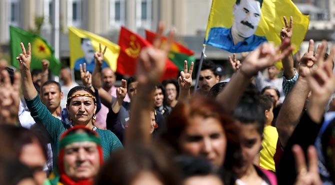Independent: Türkiye'de Kürtler 90'lara dönmekten korkuyor