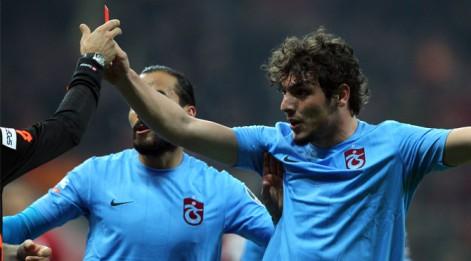 Türk futbolunda isyan bayrağı çekildi
