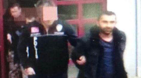 Mafyanın tetikçisi el bombası ve kaleşnikofla yakalandı