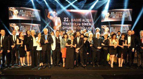 22. Sadri Alışık Tiyatro ve Sinema Oyuncuları Ödülleri sahiplerini buldu