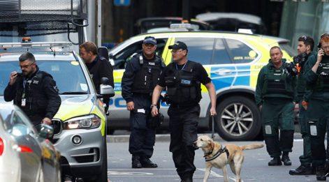 İngiltere'de rehine krizi! Silahlı bir şahıs çok sayıda kişiyi rehin aldı