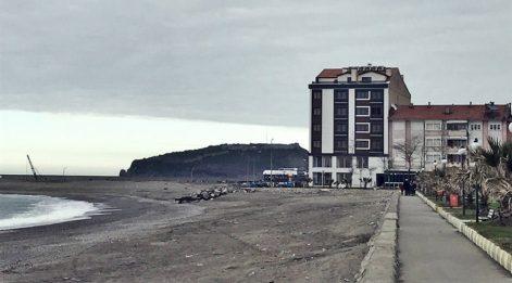 Zonguldak Filyos Sahili'nde kumsala apartman yaptılar