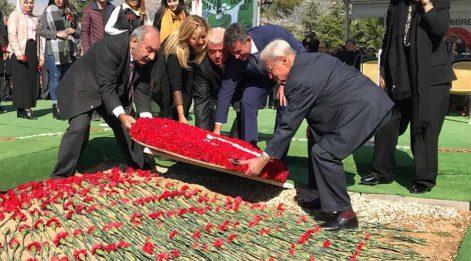 Demirel 93'üncü yaş gününde mezarı başında anıldı