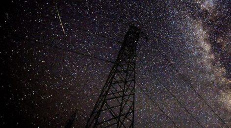 Dünya gözlerini göğe dikti! Meteor yağmuru muhteşem manzaralar sundu...