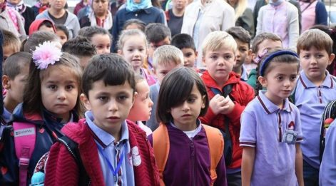 Ailelere tavsiye: 'Eğitimin yeri ev değil okuldur'