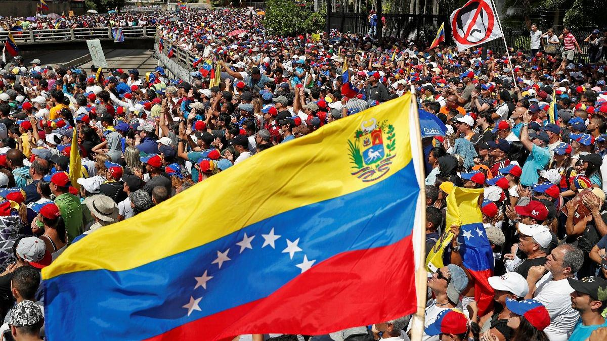 Son dakika... Bir ülkeden daha Venezuela'ya ültimatom
