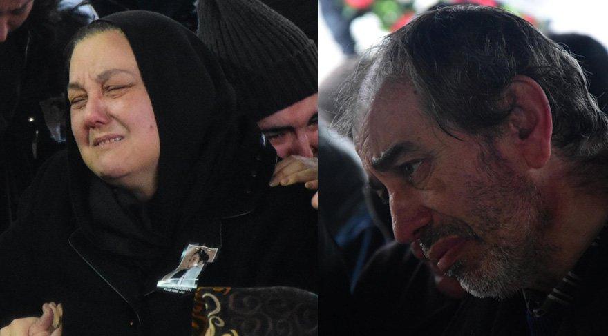 Anne ve babası cenazede güçlükle ayakta durabildi. Foto: DHA