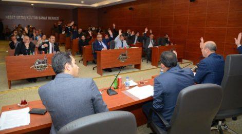 CHP'li Başkan 'Makam aracımı satacağım dedi' AKP'liler karşı çıktı