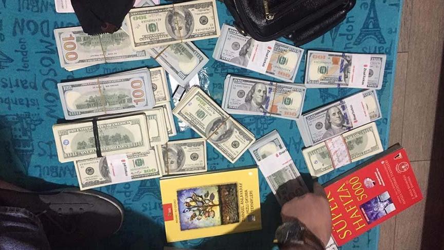FETÖ hücresinden kitap arasında 1 milyon lira çıktı!