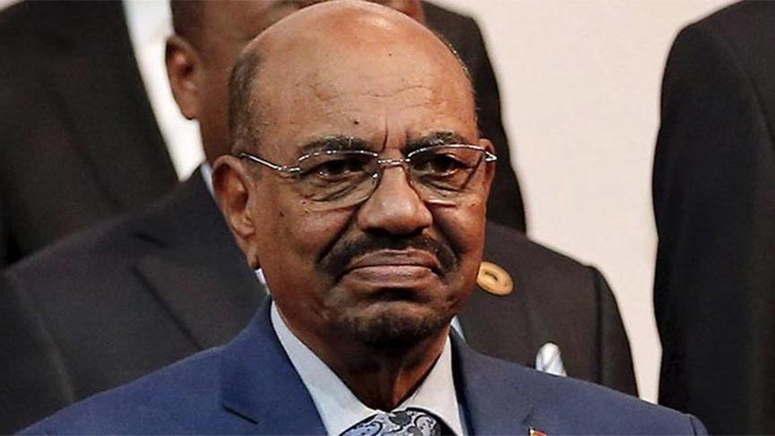 Sudan'ın devrik lideri Beşir hapishanede, tüm mallarına el kondu!