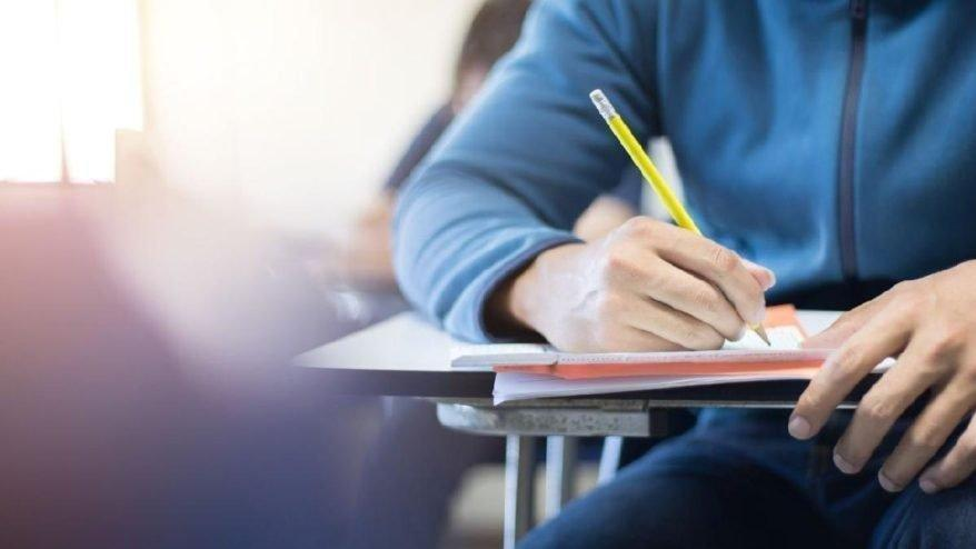 Açıköğretim'de hangi bölümler var?