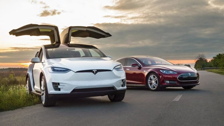 Model S ve X'e yeni donanım geliyor!