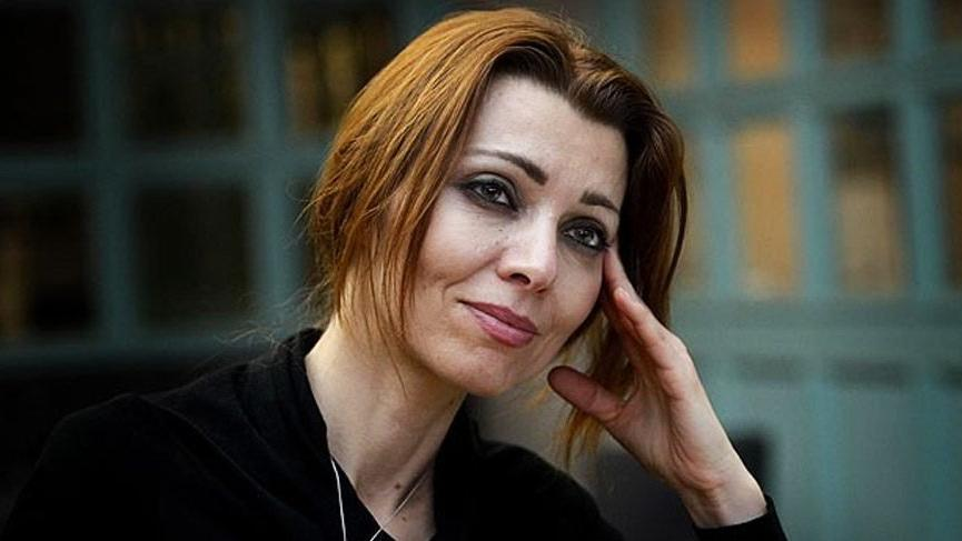 """Elif Şafak Mahrem kitabı hakkında """"pedofili"""" iddiası"""