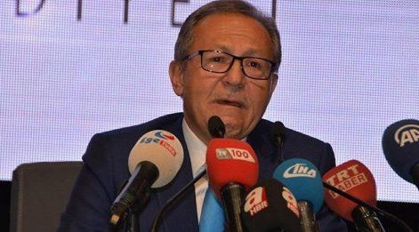 AKP'den ağlayarak istifa eden başkandan Babacan'a destek
