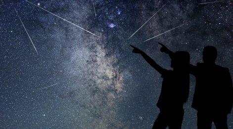 Perseid meteor yağmuru Türkiye'den de çıplak gözle görülecek! Göktaşı yağmuru ne zaman?