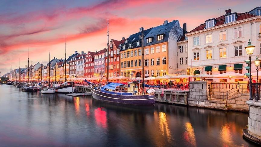 Kuzey Avrupa'nın rengarenk ışıklarıyla büyüleyen zarif şehirleri