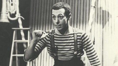 50'inci yılını kutlayan Dostlar Tiyatrosu'nun resimli tarihi