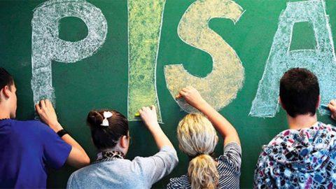 PISA sonuçları: Kızlar okuduğunu anlamada erkeklere fark attı