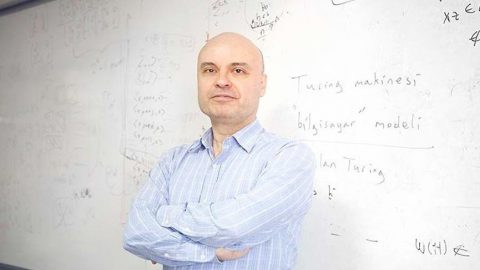 """Prof. Cem Say'dan Soner Yalçın'a cevap: Nasıl beş dakikada """"lobici"""" oldum?"""