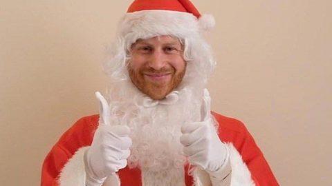 Prens Harry Noel Baba kılığına girip çocuklara sürpriz yaptı
