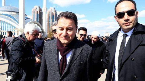 Babacan'ın partisiyle ilgili sıcak gelişme: İsmi ve kurucular kurulu belli oldu