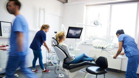 Türk Diş Hekimleri Birliği Yöneticisi: Acil değilse diş tedavileri ertelenmeli