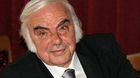 Türk tiyatrosunun duayeni Enis Fosforoğlu unutulmadı