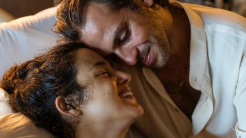 Cansu Tosun, evlilik yıl dönümünü kutladı