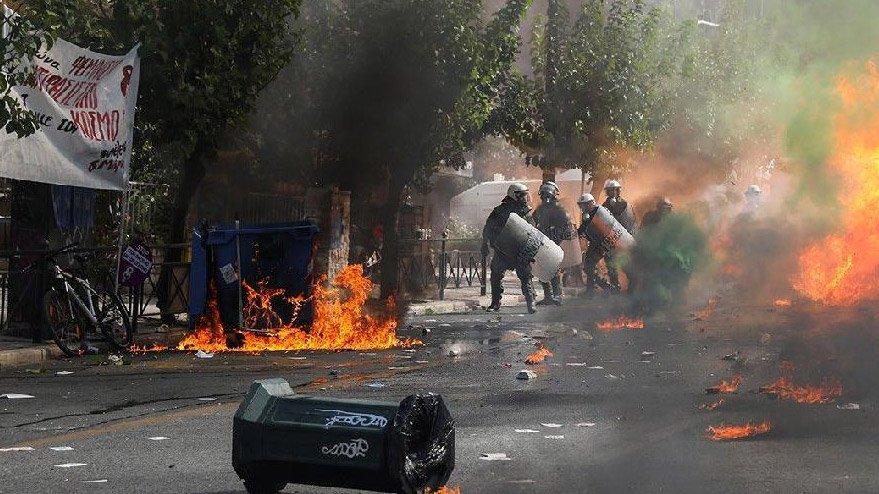 Altın Şafak'ın kurucu ve yöneticilerine 13'er yıl hapis cezası