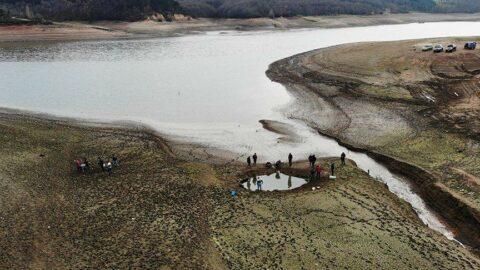 Kuruyan barajdan balık kurtarma seferberliği