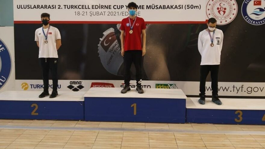 Yiğit Aslan'dan Türkiye rekoru