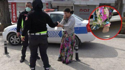 Çıplak ayakla kontrol noktasına koştu, polise sığındı