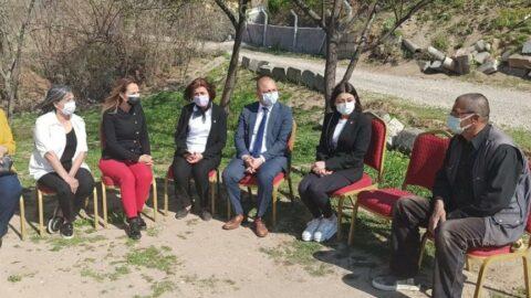CHP'li Aylin Nazlıaka, Emine Bulut'un ailesini ziyaret etti