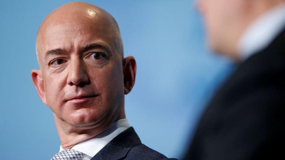 Bezos'tan bir haftada 5 milyar dolarlık satış