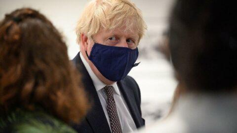 Boris Johnson: İhtiyacı olanlara aşı bağışı yapabileceğiz