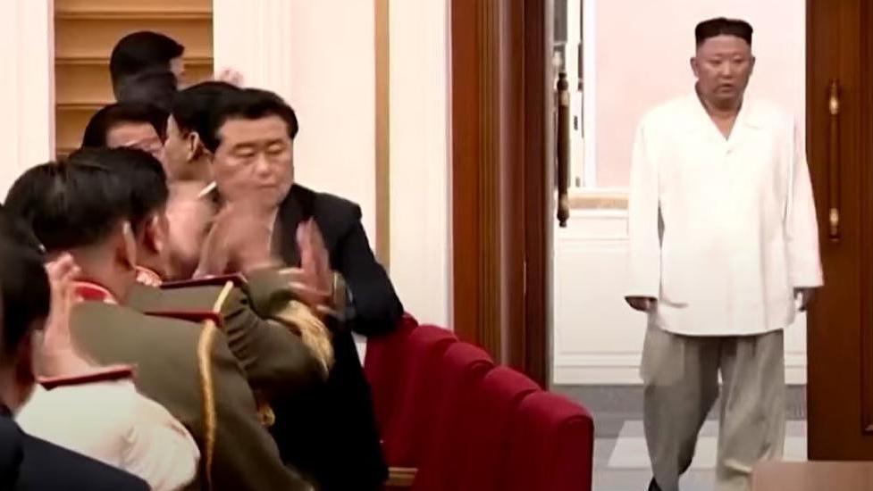 Son görüntüsü korkuttu... Kim Jong-un resmen eridi