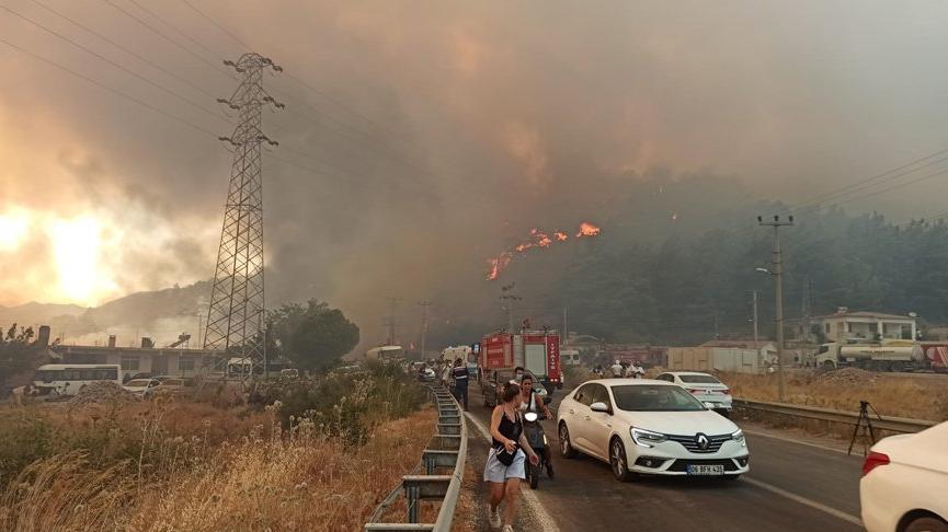 Marmaris yangını 5'inci gününde! Giderek etkisini artırıyor