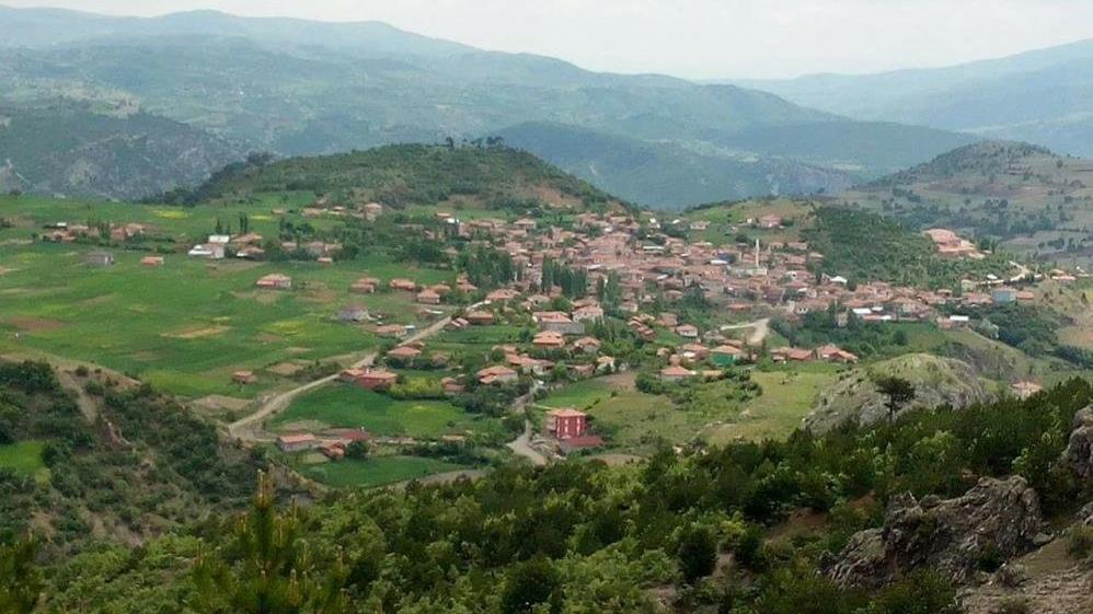 Vakalar arttı, köy 14 gün karantinaya alındı