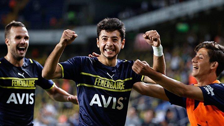 Fenerbahçe gençleriyle mutlu