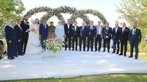 Vali Bey'den kızına göl manzaralı vali konağında düğün!