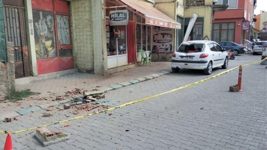 Kütahya'daki 5 büyüklüğündeki deprem sonrasında 29 artçı sarsıntı kaydedildi
