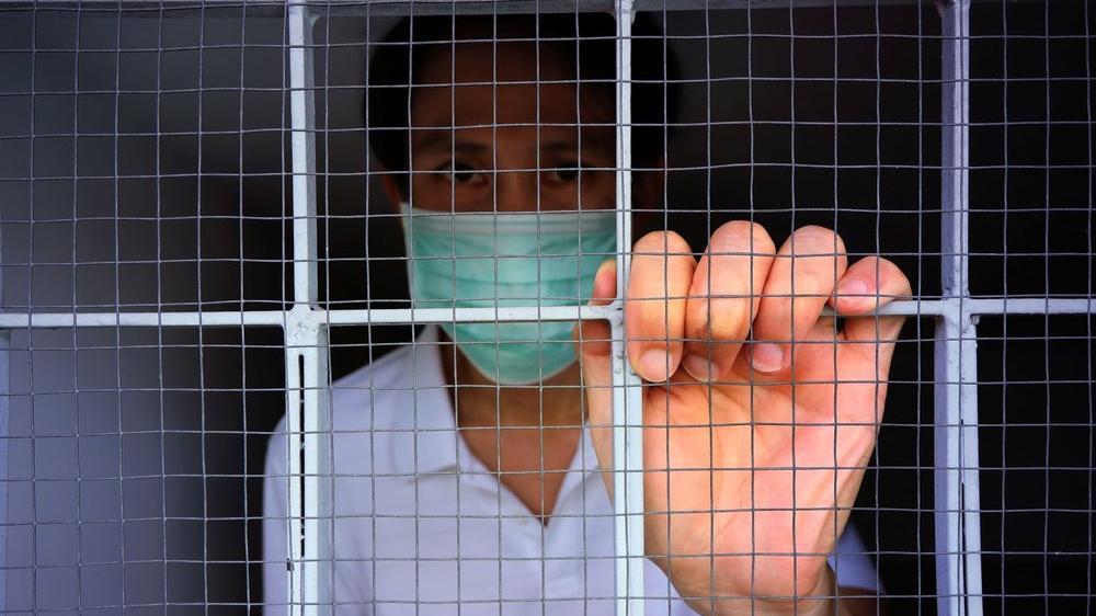 8 kişiye corona virüsü bulaştırdı... Mahkemeden 5 yıl hapis cezası