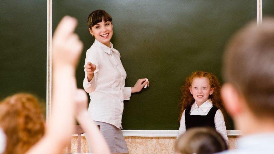 Sözleşmeli öğretmen eş durumuna bağlı yer değiştirme başvurusu uzatıldı
