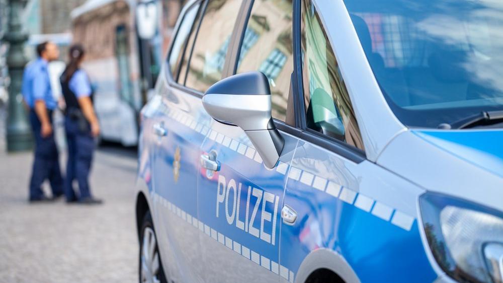 Almanya'da dikkat çeken operasyon: Savcılardan iki bakanlığa baskın