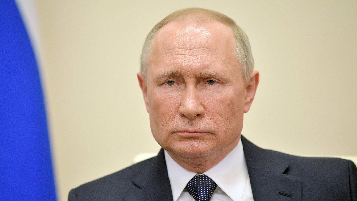 Kremlin'de corona alarmı... Yakınında çıktı: Putin karantinada