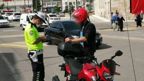 Emniyetten motosiklet denetimi