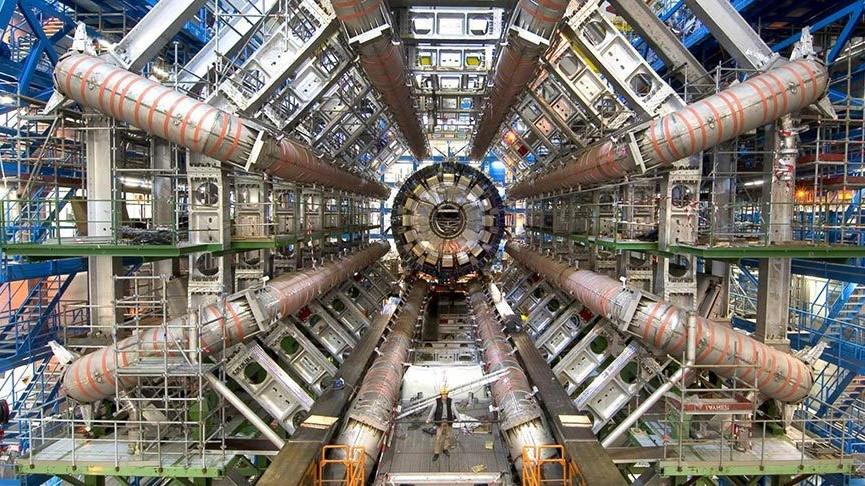 CERN'de veto edilme riski!