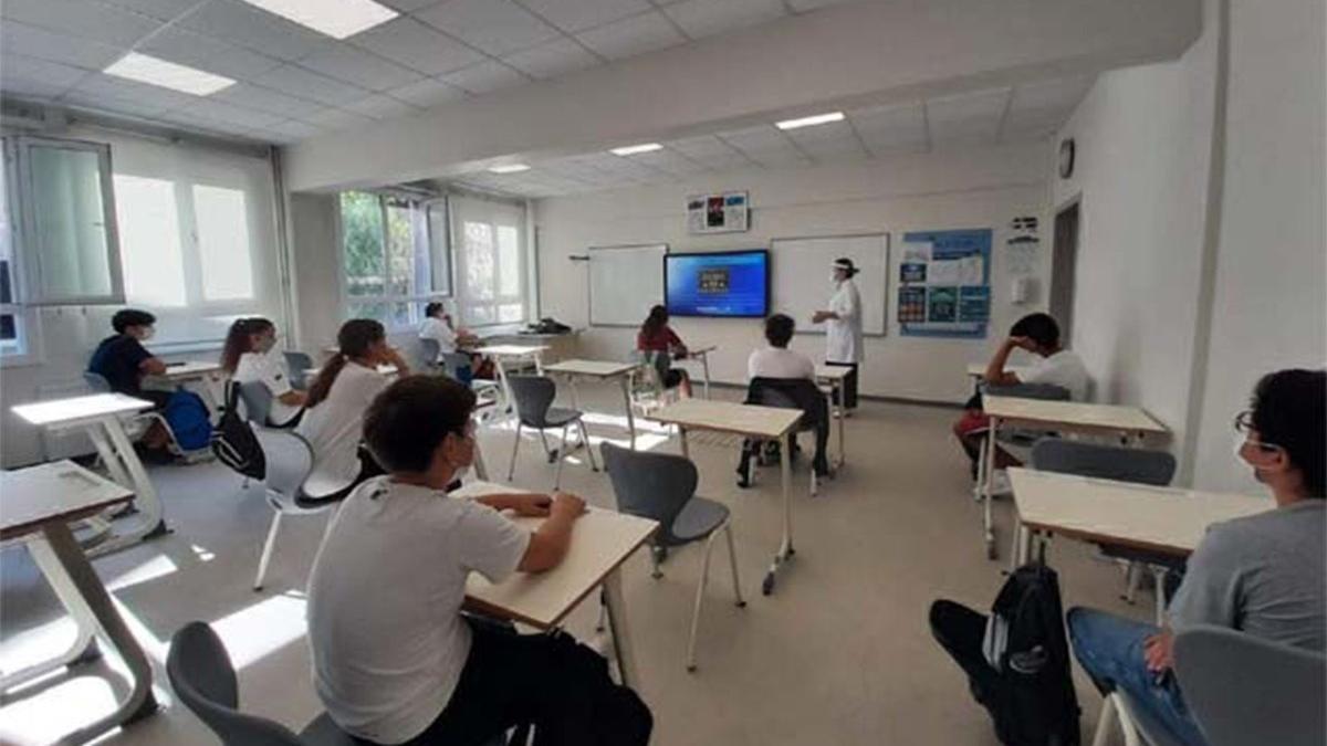 Eğitim-İş: Denizli'de 100 derslikte karantina uygulanıyor